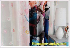 Rèm cửa hình nữ hoàng băng giá Elsa 4